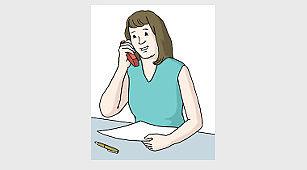 Kontakt - Das Bild zeigt eine Frau. Die Frau hält ein Telefon am Ohr.